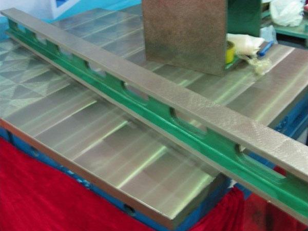 钳工v形块_划线平板平台,检验平板平台,装配平板平台,铆焊平板平台,大型 ...
